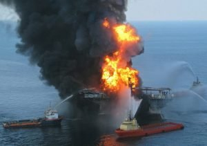 oil rig disaster, prevented by checklist?