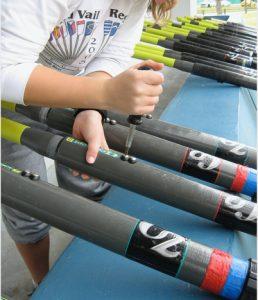 tightening adjustable oar handles